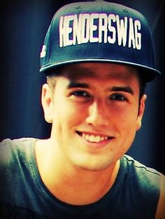 Logan Henderson I want that hat