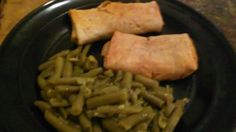 Hey yo its me jeremiah jerry bernard the one only me my dinner tonite spicy beef bean chimichangas green beans how u doing too my family friends followers my haters love me iam praying for u Godbless