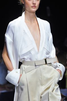 White Shirt Reinvented - runway fashion details // Gianfranco Ferre Spring 2014