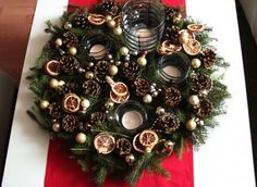 Adventskranz 2013 Interior Design Living Room, Living Room Decor, Bedroom Decor, Diy Christmas Gifts, Christmas Wreaths, Holiday Decor, Potpourri, Ikea, Sustainable Design