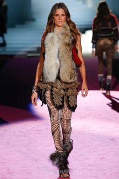 Dsquared2 Fall 2015 Ready-to-Wear Fashion Show - Izabel Goulart