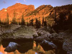 Montanhas no Canadá.