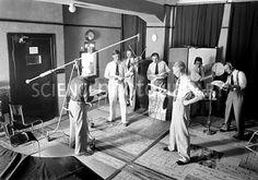 Early Radio Studio 1930s Old Time Radio Radio Radio Play