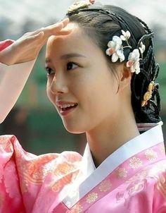 문채원 (Moon Chae Won)