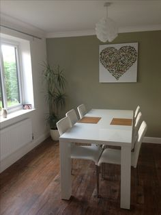 My dining room. Green Dining Room, Living Room Green, New Living Room, Cosy Lounge, Lounge Decor, Kitchen Colors, Kitchen Ideas, Spare Room, Sweet Home
