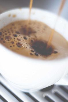Espresso Cinnamon Banana Smoothie: cup almond or other vegan milk; 1 tsp agave or maple syrup; Coffee Spoon, Coffee Coffee, Sexy Coffee, Coffee Club, Coffee Girl, Coffee Break, Starbucks Vanilla Latte, Grilling Gifts, Juice Smoothie