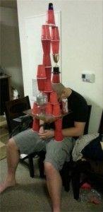 Bromas pesadas que algunas personas le hicieron a sus amigos borrachos