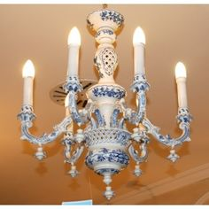 Chandelier 6 Arm Original Blue Onion Pattern Stunning Expensive And
