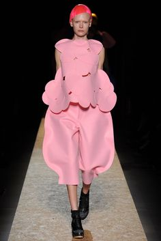 Comme des Garçons Fall 2012 Ready-to-Wear Fashion Show