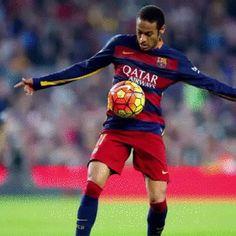 Neymar golaço Barcelona x Villarreal gif