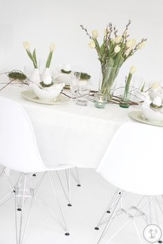 Low-budget tafel dekken voor de paasbrunch - Roomed | roomed.nl