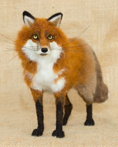 Carson the Red Fox: Needle felted animal sculpture by Megan Nedds of The Woolen Wagon www.etsy.com/shop/TheWoolenWagon