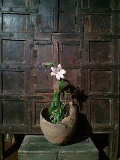 Wabi Sabi inspiration byCOCOON | the beauty of old materials | interior design | bathroom design | villa design | hotel design | Dutch Designer Brand COCOON