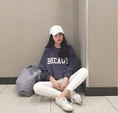 Check Out These Awesome korean fashion outfits 5818 Korean Fashion Trends, Korean Street Fashion, Korea Fashion, Asian Fashion, Daily Fashion, Grunge Style, Soft Grunge, Style Japonais, Korean Aesthetic