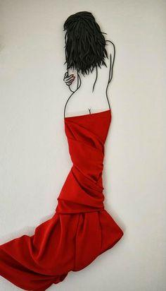 06-Teodosio-Sectio-Aurea-Wire-Art-Drawings-www-designstack-co
