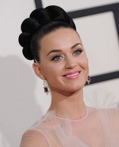 Katy Perry's Makeup at the Grammy Awards 2014 - NopaBeauty