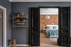 AlvhemKastellgatan 16B - Linnéstaden - Alvhem Classic Window, Blue Curtains, Swedish House, Two Bedroom Apartments, Black Doors, Stone Houses, Spanish Style, Blue Walls, Beautiful Interiors
