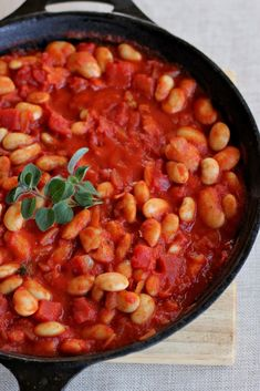 "Say Little Hen: Stove-Top ""Baked Beans"" in Tomato Sauce."