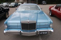 1973 Lincoln Continental Mark IV, very beautiful car, IMO (history of the  Lincoln Continental Mark Series) http://ateupwithmotor.com/model-histories/lincoln-continental-mark-iii-iv-v/