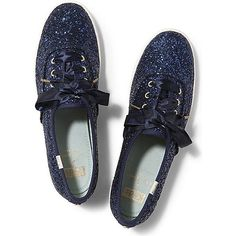 Keds x kate spade new york Champion Glitter Wedding (310 BRL) ❤ liked on Polyvore featuring shoes, sneakers, keds, blue glitter, stripe shoes, sparkle shoes, ribbon shoes, shiny shoes and retro shoes