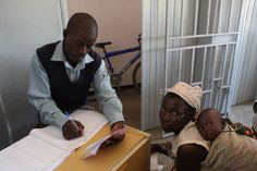 Mother and child are cared for at the Nandumbo Health Center #Malawi #HELPchildren #HealthCentre