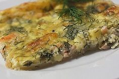 Salmon Tarte - recipe in German Quiches, Meat Recipes, Dinner Recipes, Party Finger Foods, Savoury Baking, Party Desserts, Food Humor, Fish Dishes, Fish And Seafood