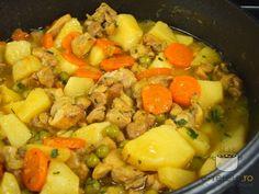 Tocanita de pui cu legume - Chicken stew with vegetables