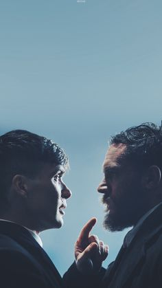 Amazing duet: Cillian Murphy and Tom Hardy - Peaky Blinders Series, Peaky Blinders Thomas, Peaky Blinders Season, Cillian Murphy Peaky Blinders, Tom Hardy, Series Movies, Tv Series, Peaky Blinders Wallpaper, Alfie Solomons