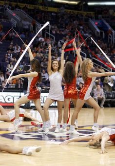 AssEco Prokom Gdynia Team at Phoenix Suns game