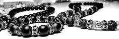 Rockige Perl Armbänder aus Halbedelsteinen in Top Qualität...  (Holite, Achat, Magnesiet, Onyx, Lava Stone der Klasse AAA) Beads sind überwiegend aus Edelstahl. Die Perlen werden auf einen 1 mm starken extra dafür hergestellten Schmuck-Gummi aufgezogen. Wir haben uns aus reinem Trage Komfort für diese Variante Entscheiden. Außerdem können wir so besser auf euch eingehen und individuell auf Maas fertigen. einfach anfragen..;-)