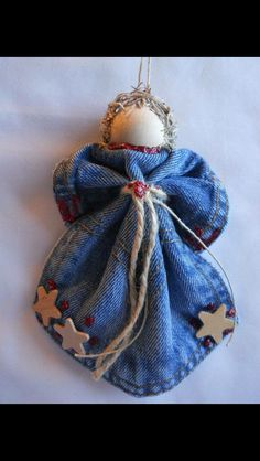 Christmas Crafts - Red & Wood Star Levi Angel Ornament Denim Pocket Christmas Wreath Handmade There. Christmas Ornaments To Make, Homemade Christmas, Christmas Angels, Christmas Fun, Christmas Decorations, Country Christmas, Birthday Decorations, Angel Crafts, Christmas Projects