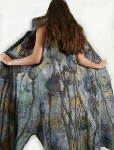Seed head felt coat by kira Outembetova Boho Fashion, Fashion Outfits, Fashion Design, Creative Textiles, Felting Tutorials, Nuno Felting, Fabric Manipulation, Felt Art, Clothing Patterns