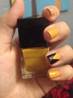 Black & Yellow Nails