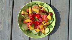 Melon, nektariner, gurka & jordgubbar Fruit Salad, Salads, Food, Fruit Salads, Essen, Meals, Yemek, Salad, Eten
