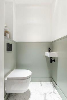 Funda Finds: dit appartement in Amsterdam heeft de mooiste keuken ever (marmer!) Funda Finds: this apartment in Amsterdam has the best kitchen ever (marble! Modern Master Bathroom, Modern Bathroom Design, Bathroom Interior Design, Small Bathroom, Bathroom Designs, Bathroom Plants, Small Toilet Room, New Toilet, Bad Inspiration