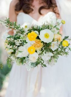 Group white peonies, yellow garden roses and jasmine vines for the perfect Spring bouquet.