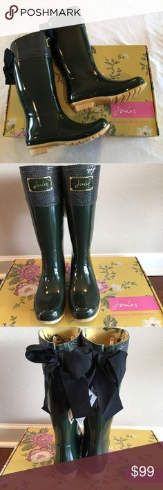 """NWT Joules Evedon Rain Boot Go for a splash in these darling fitted rain boots that features an embossed enamel signature plate and a fun stylish bow. Glossy look with a textured look upper. 1"""" heel, 15"""" boot shaft, 16"""" calf circumference, chunky tread pattern bottom for enhanced grip. These do run about a 1/2 size large, but fit great with thick socks or shoe inserts. One boot has a few minor marks on it, see photo. These will be shipped in a brown boot box, not the flowered one shown…"""
