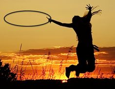 How to Develop Your Own Hoop Style in 9 Easy Steps: http://www.hooping.org/2014/03/how-to-develop-your-own-hoop-style-in-9-easy-steps/