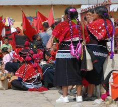 Maya Women Chiapas Mexico by Teyacapan, via Flickr