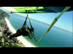 Voo de Asa Delta no Rio de Janeiro. - Monique Ribeiro - www.diarioradical.blog.br - YouTube. A decolagem é feita na Pedra Bonita, de 696 m de altitude, na estrada das Canoas, entre as praias de São Conrado e