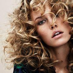 Naturellement sexy nos 5 idees coiffure