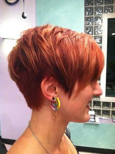 Pretty Layered Short Hairstyles #ShortHairStyles