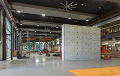 Advanced Engineering Building in Australia/ Richard Kirk Architect + HASSELL