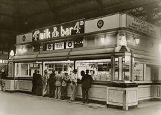 1946, Central Station milk bar.
