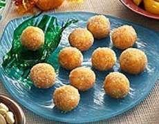 Carrot Yema Balls Recipe http://www.pinoyrecipe.net/carrot-yema-balls-recipe/