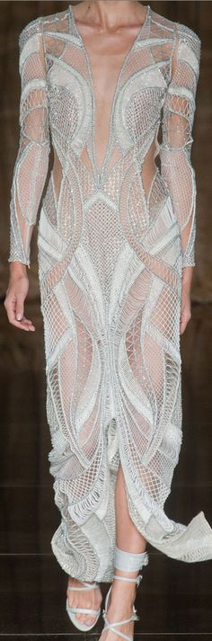London Fashion Week Spring 2014 Julien Macdonald