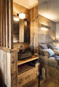 Ideas Bathroom Interior Design Wood Architecture For 2019 Vintage Bathrooms, Rustic Bathrooms, Modern Bathroom, Mountain Bedroom, Chalet Design, Chalet Style, Chalet Interior, Bathroom Paint Colors, Wood Architecture