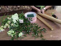 Флористика для начинающих: цветочная композиция своими руками (корзина с цветами мастер класс). - YouTube