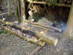 While writing my posts on my Scandinavian Candle series I recollected a long log fire I was taught how to set up by my good friend Kevin Warrington of Natural Lore. I like to think of it as a candl…