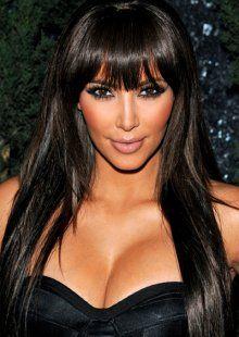 Make-up mudrosti vizažistice Kim Kardashian Kim Kardashian Hot, Unique Hairstyles, Hairstyles With Bangs, Straight Hairstyles, Hairstyle Ideas, Front Bangs, Cut Bangs, Corte Y Color, Braut Make-up